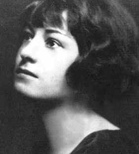 Dorothy Parker judges you_public domain
