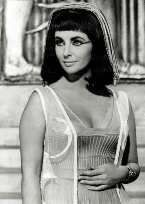 Liz Taylor_Cleopatra_public domain